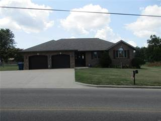 Single Family for sale in 2115 Tower Road, Lebanon, MO, 65536