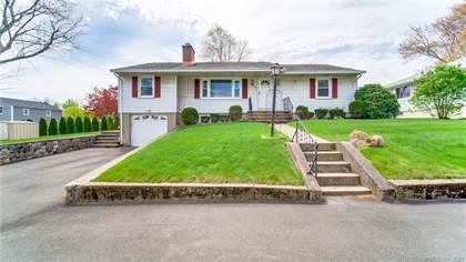 Residential Property for sale in 82 Fleetwood Drive, Waterbury, CT, 06706