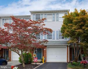 Townhouse for sale in 495 HARVEST DRIVE, Greenbriar, PA, 17404