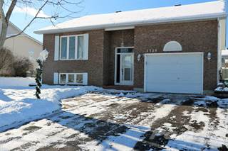 Residential Property for sale in 3139 Lemay Circle, Rockland, Ontario