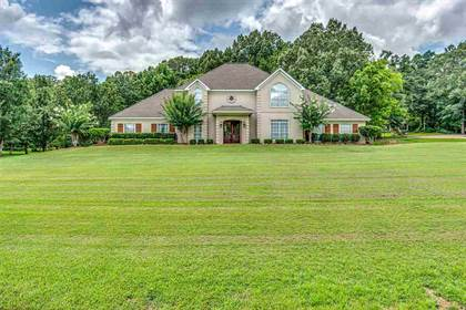Residential Property for sale in 152 NORMANDY CIR, Madison, MS, 39110