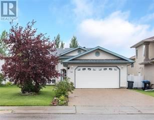 Single Family for sale in 145 BRACHETT Crescent, Fort McMurray, Alberta, T9K1X1