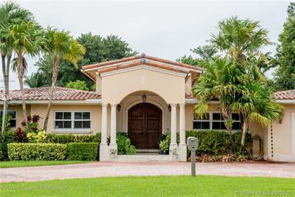 Residential Property for sale in 8420 Miller Drive, Miami, FL, 33143