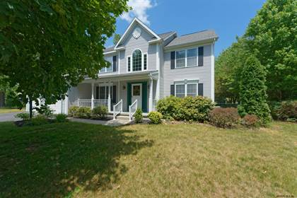 Residential for sale in 2 MONTERY RD, Guilderland, NY, 12303
