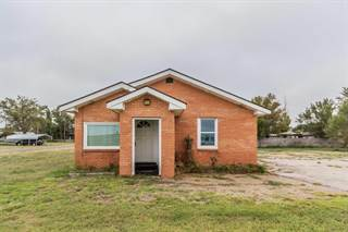 Single Family for sale in 106 Service RD E, Claude, TX, 79019