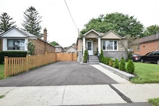 Residential Property for sale in 122 North Carson St, Toronto, Ontario, M8W4C8