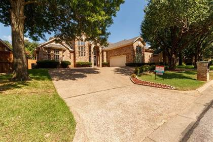 Residential Property for sale in 2802 Briar Knoll Drive, Arlington, TX, 76006