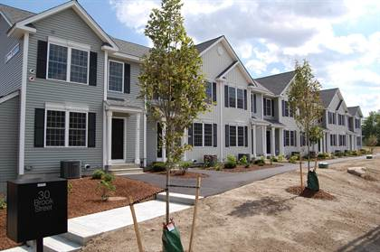 Residential Property for sale in 30 Brook Street 2, Derry, NH, 03038