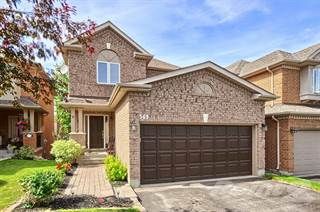 Residential Property for sale in 369 Hewitt Circle, Newmarket, Ontario