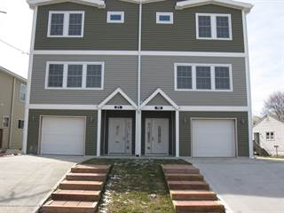 Townhouse for rent in 19 Seawood Avenue, Keansburg, NJ, 07734