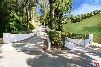 Lots And Land for sale in 1242 LAGO VISTA DR, Beverly Hills, CA, 90210