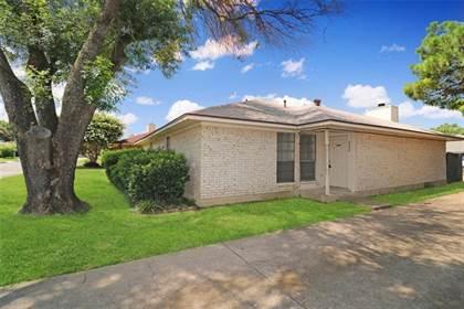 Residential for sale in 2332 Lido Lane, Arlington, TX, 76015