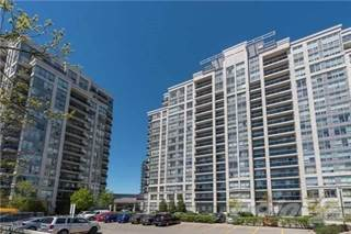 Apartment for sale in 50 Disera Dr, Vaughan, Ontario