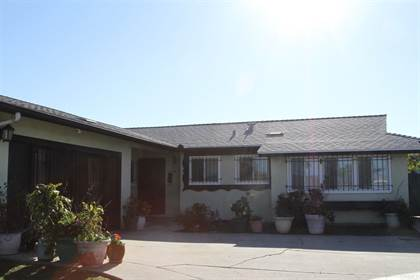 Residential for sale in 4980 Genesee Ave, San Diego, CA, 92117