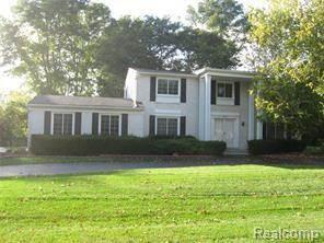 Single Family for rent in 30645 WOODSTREAM Drive, Farmington Hills, MI, 48334