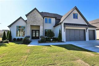 Single Family for sale in 10010 S Hudson Place, Tulsa, OK, 74137