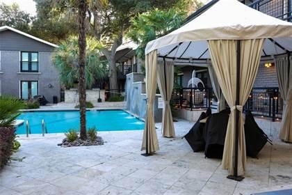 Residential Property for sale in 10209 Regal Oaks Drive 115, Dallas, TX, 75230