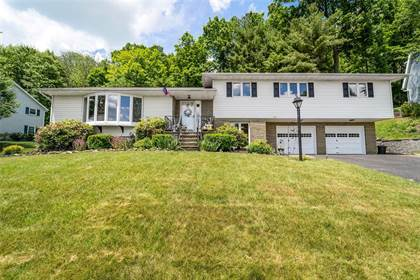 Residential Property for sale in 1109 Greenwood Glen, Endwell, NY, 13760