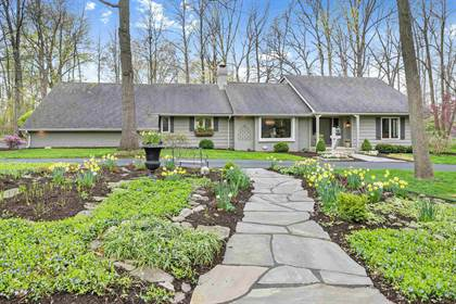 Residential for sale in 2632 Covington Club Court, Fort Wayne, IN, 46804