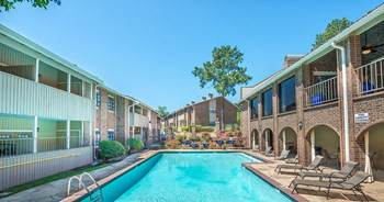 Apartment for rent in 400 Old Grande Blvd, Tyler, TX, 75703