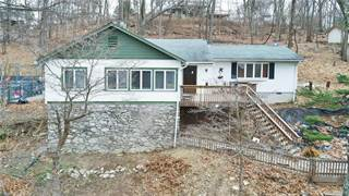 Single Family for rent in 32 West Avenue, Greater Oscawana Lake, NY, 10579