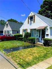 House for sale in 41 Rome Avenue, Providence, RI, 02908