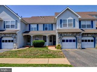 Townhouse for sale in 41 HEATHER COURT, South Brunswick, NJ, 08852