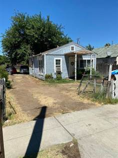 Residential for sale in 346 S Dearing Avenue, Fresno, CA, 93702