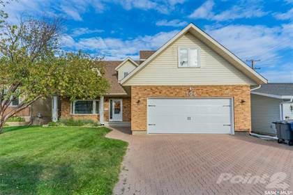 Residential Property for sale in 106 Zeman CRESCENT, Saskatoon, Saskatchewan, S7K 7W3