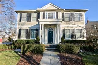 Single Family for sale in 611 S GLENHURST Drive, Birmingham, MI, 48009