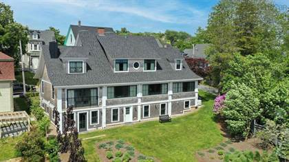 Residential Property for sale in 324 Lincoln Street, Lunenburg, Nova Scotia, B0J 2C0