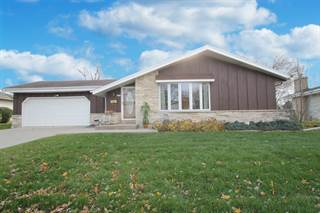 Single Family for sale in 6255 Thornridge Ln, Greendale, WI, 53129