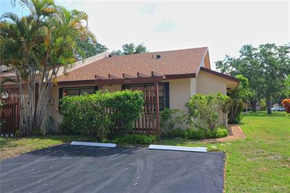 Residential Property for sale in 1551 NW 98th Way 1551, Pembroke Pines, FL, 33024