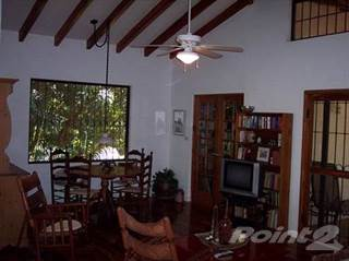 Residential Property for sale in MOTIVATED SELLER!!! BEAUTIFUL 4 BR HOUSE, MAL PAIS, STEPS TO THE BEACH, WITH 2 BR GUEST HOUSE - 1066, Santa Teresa, Puntarenas