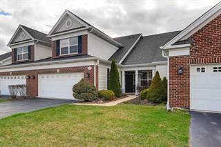 Townhouse for sale in 1012 Pinehurst Court, Elgin, IL, 60124