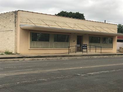 Commercial for rent in 228 Washington St, Kerrville, TX, 78028