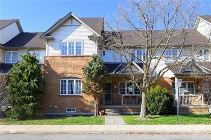 Condominium for sale in 100 BEDDOE Drive 25, Hamilton, Ontario, L8P 4Z2