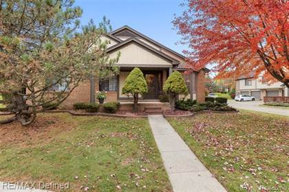 Residential Property for sale in 305 MEADOW BRIDGE Drive, Rochester Hills, MI, 48307