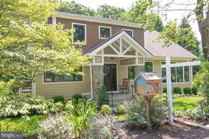 Residential Property for sale in 2271 N UPTON STREET, Arlington, VA, 22207