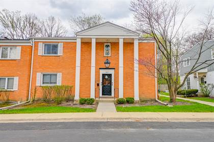 Residential for sale in 477 Old Surrey Road B, Hinsdale, IL, 60521