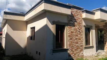 Residential Property for sale in CASA EN VENTA EN ZONA RESIDENCIAL EN JARABACOA, Jarabacoa, La Vega