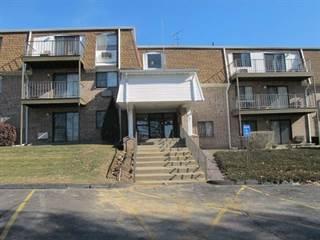 Condo for sale in 756 QUAKER Lane A102, Warwick, RI, 02818
