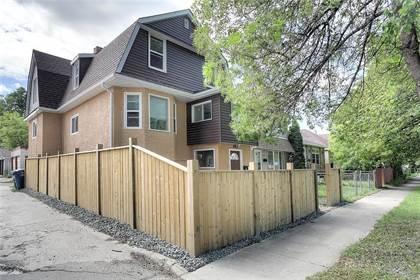 Multi-family Home for sale in 462 Brandon Avenue, Winnipeg, Manitoba, R3L0T8