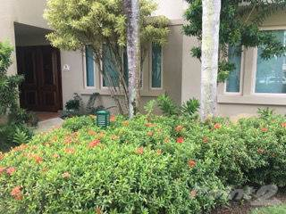 Condo for sale in Lakeside Villas Elegant Garden Villa with Lake View, Vega Alta, PR, 00692