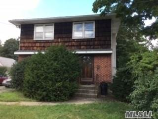 Single Family for sale in 19 Oakdale Blvd, Famingdale, NY, 11735