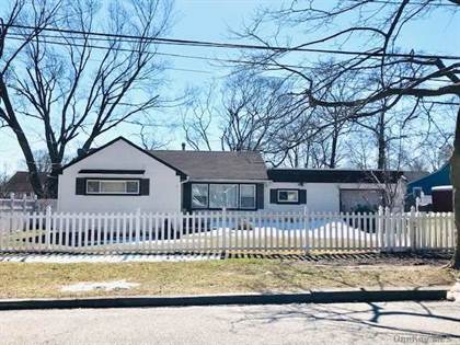 Residential Property for sale in 6 Birch Street, Central Islip, NY, 11722