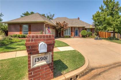 Residential Property for sale in 13901 Briarwyck, Oklahoma City, OK, 73013