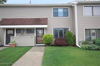 Townhouse for sale in 44 Arrowood Court, Staten Island, NY, 10309