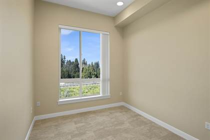 Apartment for rent in 35 Club Rd, Eugene, OR, 97401