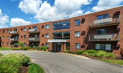 Apartment for rent in Westpointe Apartment Homes, Robinson, PA, 15205